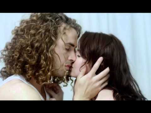 HULLE - LAASTE ASEM (OFFICIAL MUSIC VIDEO)