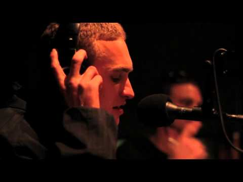 KERSER, RATES & JAY DEE (United Forefront) @ TIB 93.7FM -  06 SEPT 2011