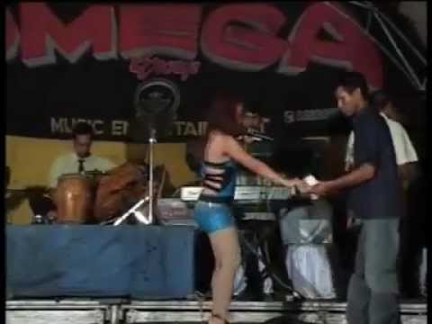 Dangdut Hot Yulia Faletti - Hayang Kawin - YouTube.flv