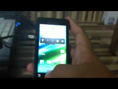 Motorola Milestone Video Review: Android 2.1 features
