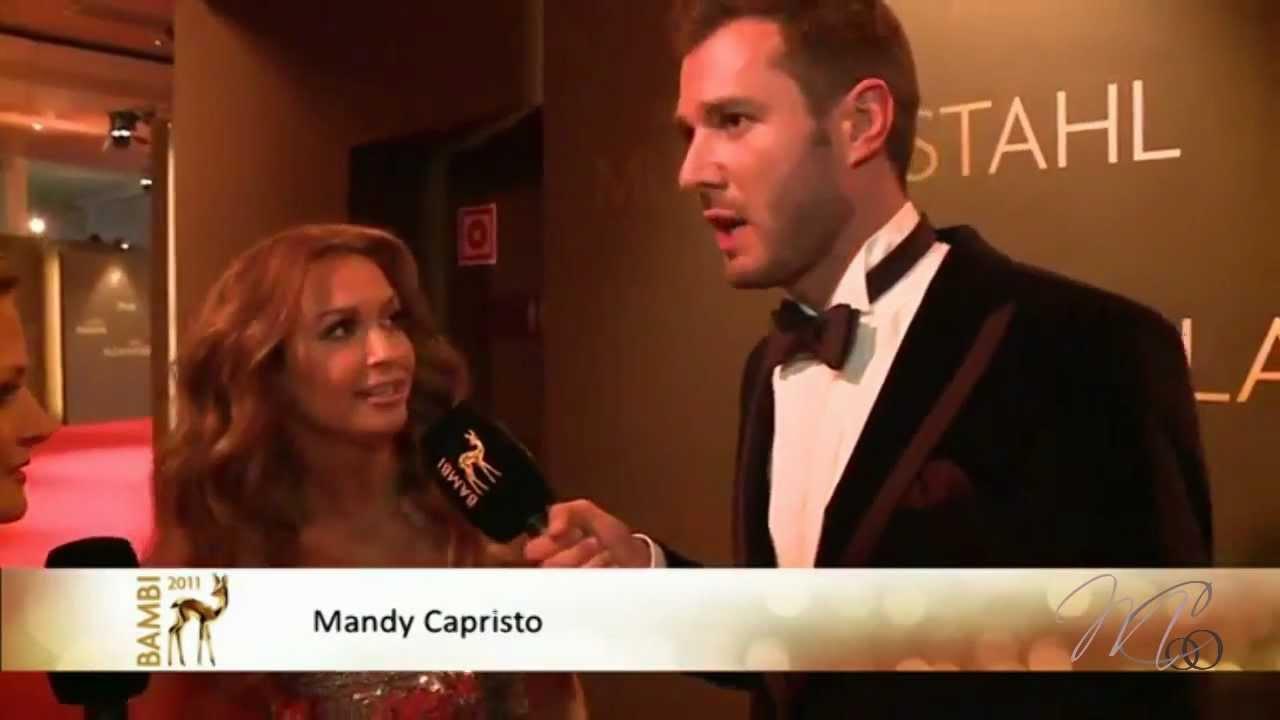 Mandy Capristo auf dem roten Teppich beim Bambi 2011  YouTube