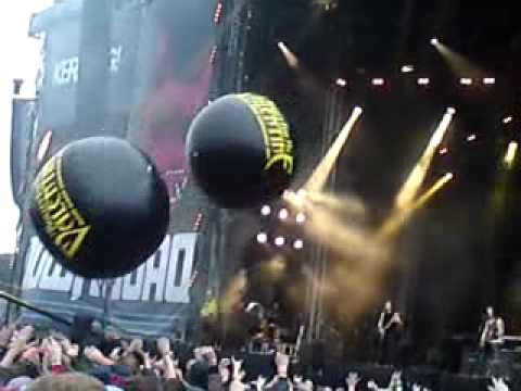 Bullet For My Valentine - Alone LIVE @ DOWNLOAD FESTIVAL 2011