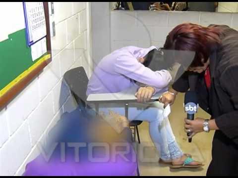 Três garotas são detidas por brigaram em porta de escola no Roosevelt