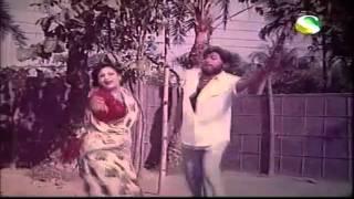 Amar Adhorer Bon - Mala Moti - Bangla Old Film Song