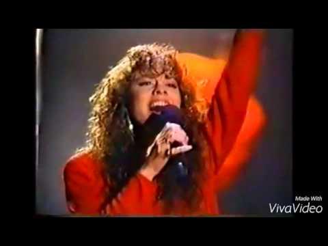 Mariah Carey VS Ariana Grande Emotions Whistles