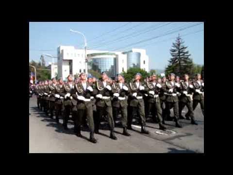 Новороссийск парад победы 9 05 2012 ч1