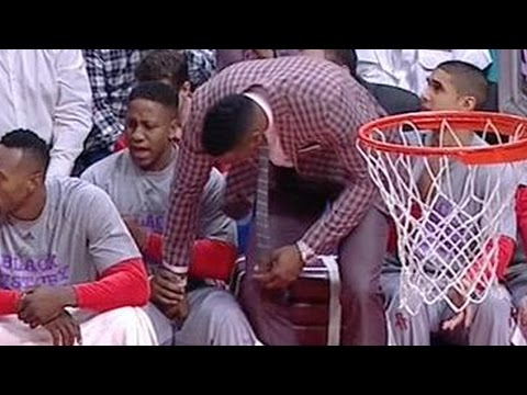 Dwight Howard Grabs Teammates Crotch video
