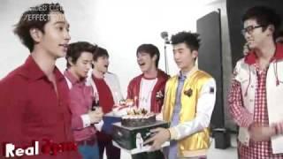 Download Lagu 2PM celebrates Junho's birthday [rus_sub] Gratis STAFABAND