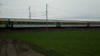 Dlouhý vlak R859 Krakonoš.MOV