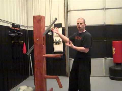 Choy Lay Fut Complete Combat Theory- Using the Wooden Dummy Image 1