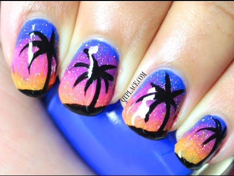 Palm trees at night nails