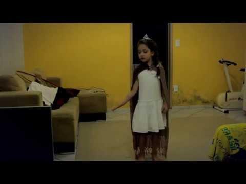 Frozen - Livre Estou (Let it go) - Português | cantando e Interpretando