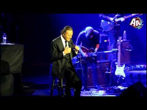 Julio Iglesias-nathalie En El Auditorio Josefa De QuerÉtaro,qro 18 Mayo 2013. video
