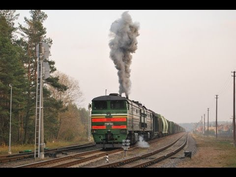 Запуск дизеля тепловоза 2ТЭ10М-3548 и отправления / 2TE10M-3548, engine start up and departure