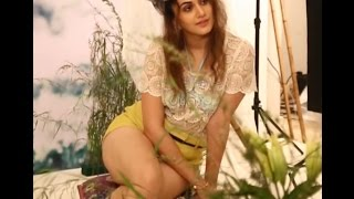 Tapsee thigh Show
