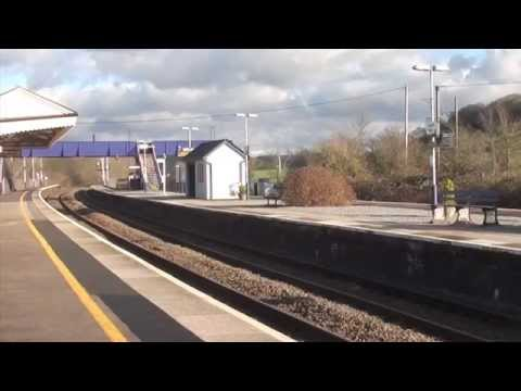 Crosscountry 220, 221 and HSTs at Castle Cary 18.01.15