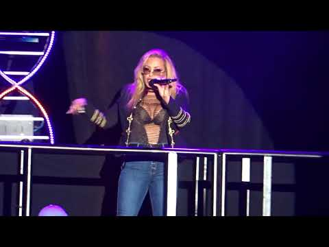 Anastacia - Evolution tour - Groningen -Left Outside Alone