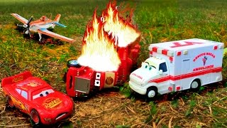 Disney Pixar Cars Lightning McQueen Saves Red Mack Hauler Giant Crash Starts Fire Disney Toy Story
