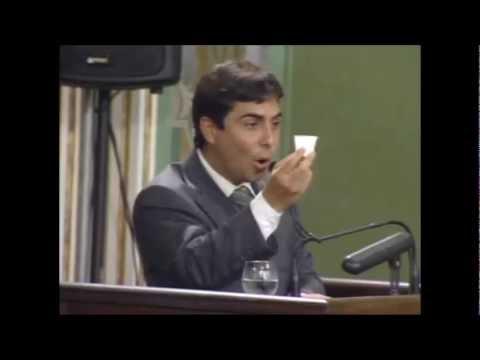 Vereador Marcell Moraes apresenta projeto para substituir copos descartáveis po