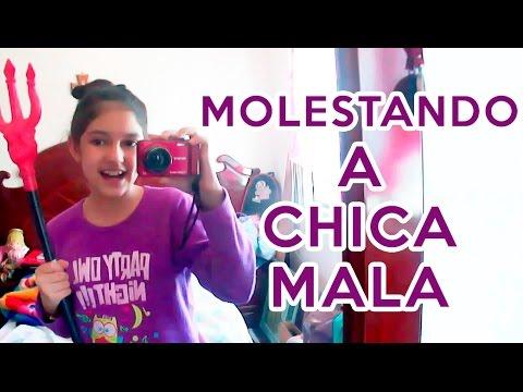 MOLESTANDO A CHICAMALA
