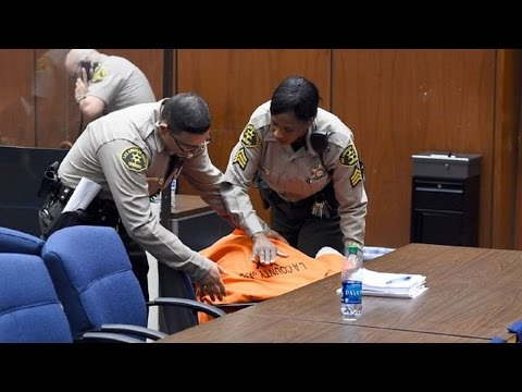 Suge Knight So Weak He Passes Out In Court
