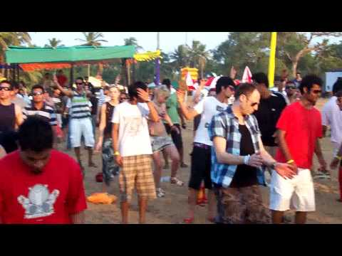 Sam Holt @ Sunburn Festival 2008. Candolim Beach,Goa. Video