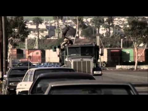 Golpe al amanecer - Persecución con el camión - Black Dawn´s Truck chase