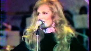 Download Dalida - Mourir sur scène (live) 3Gp Mp4