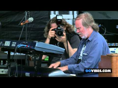 "Leftover Salmon performs ""Mama Boulet"" at Gathering of the Vibes Music Festival 2014"