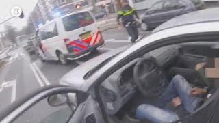 Kijk mee tijdens achtervolging: agent hoort slechtste smoes ooit