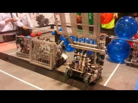 VEX Robotics - World First Toss-Up Match 2013-2014