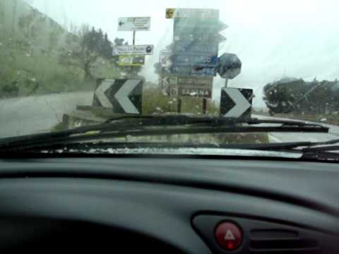 Neve a bassa quota Palermo 26 02 2011.MPG