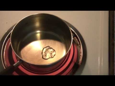 Very Hot Water Experiment (Leidenfrost Effect)