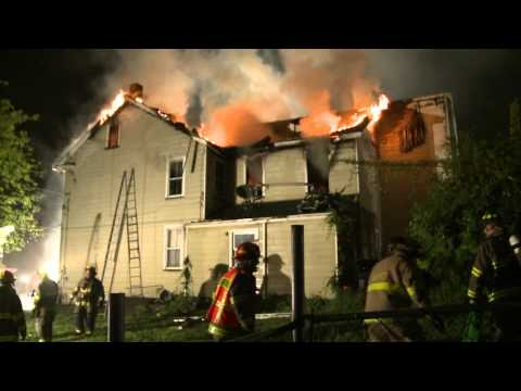 Easton Firefighters Battle House Fire on Wilkes-Barre Street | Working Fire
