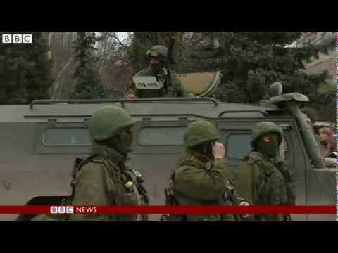BBC News  Ukraine crisis  Obama urges Putin to pull troops back