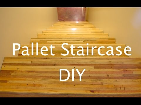 PALLET WOOD STAIRCASE