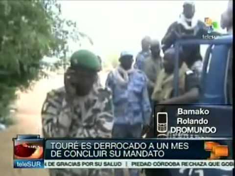 Independencia de Azawad, estado tuareg escindido de Mali. teleSUR - YouTube.flv