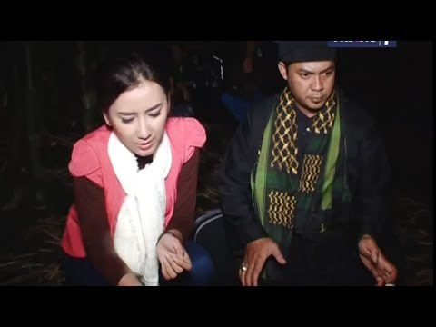 Dua Dunia Eps  Rabu,  9 April 2014 • Makam Keramat Bunga Rungkup Full video