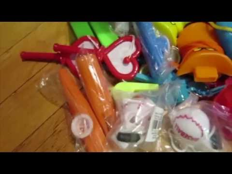 Whistle assortment of 60 valuable party favors kid noise makers