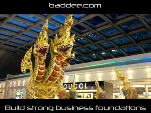 Supporting Thailand Tourism - Beautiful Thailand Airport Statue