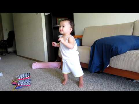 Anya dancing To Elmo's Song video