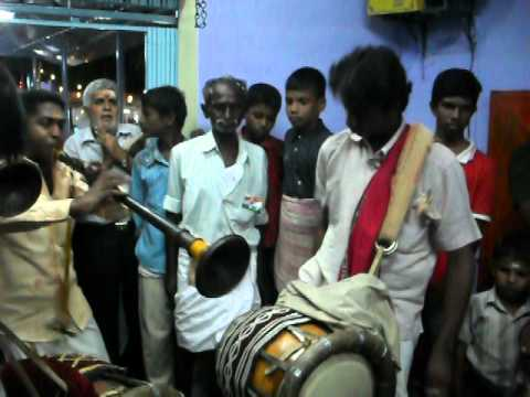 Naiyandi Melam In Swamy Ayyappan Dadikara Pothi Temple,seithur,tamil Nadu,part -2.avi video