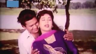 Tumi Aaro Kache Ashia Bangla Old Movie Song HD
