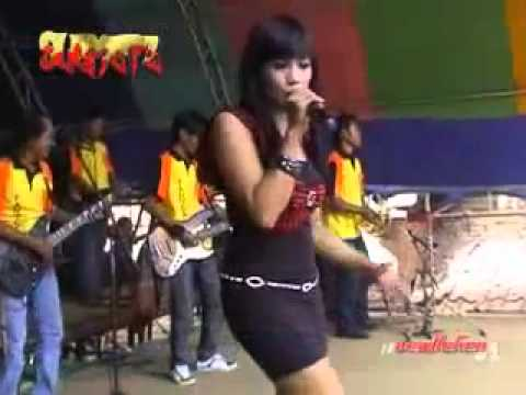 Pantura Live In Muryolobo.melanggar Hukum.ratna M.part7 video