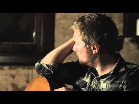Gareth Dunlop - Name On A Chair