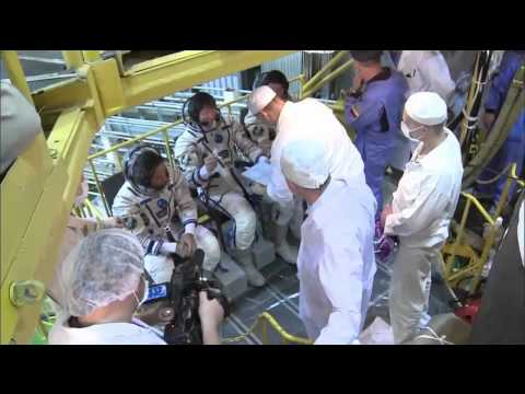 Expedition 31 Crew Prepares for Launch in Kazakhstan