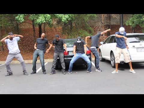 Invisible Dancing Girl - @Dormtainment