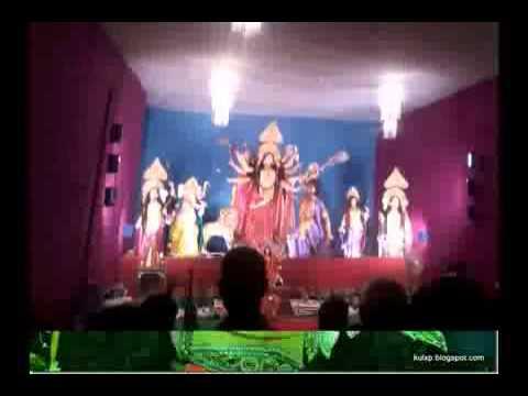 Maiya Ki Chunar Ud Ud Jaye Pawan Dire Dhire Chalo Re video