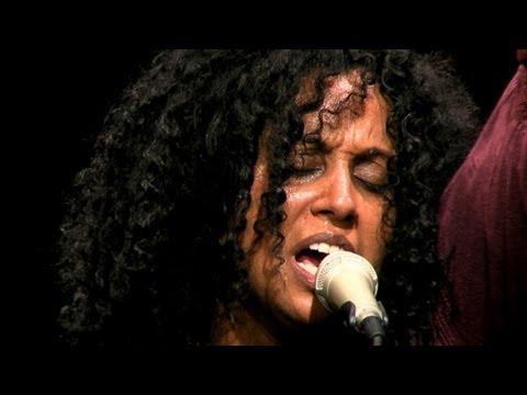 Susheela Raman - Vel - Live video