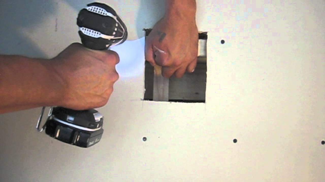 drywall tips tricks how to patch a hole door knob patch the pro 39 s way drywall taping. Black Bedroom Furniture Sets. Home Design Ideas